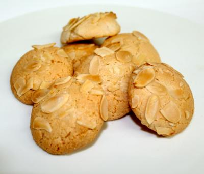Amaretti Sliced Almonds